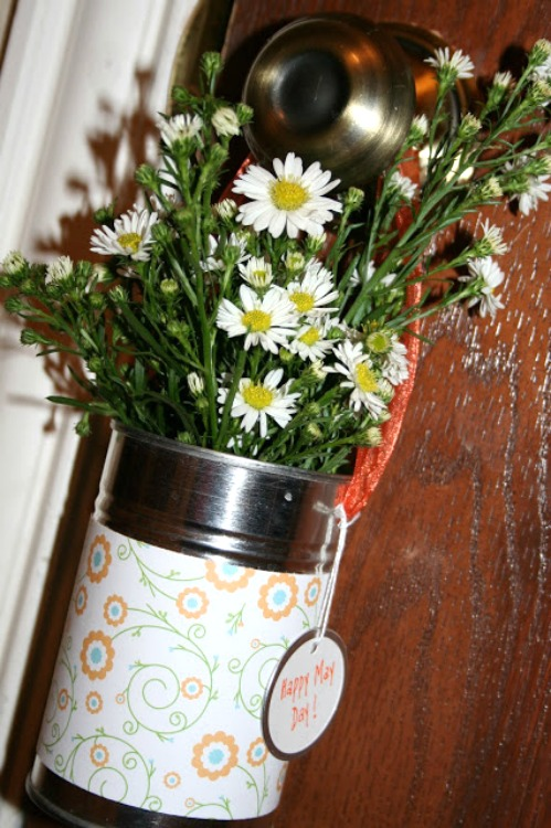 repurposed tin can may day basket