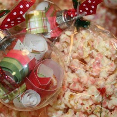 Peppermint Popcorn {Neighbor Gifts}