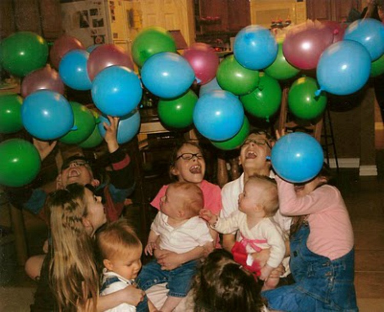 first birthday party balloon drop