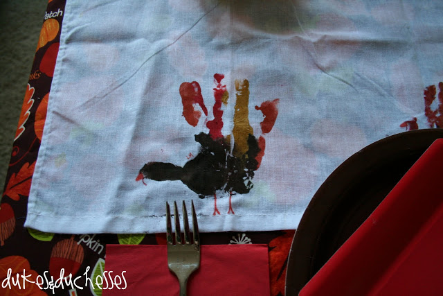 handprint turkey tablecloth