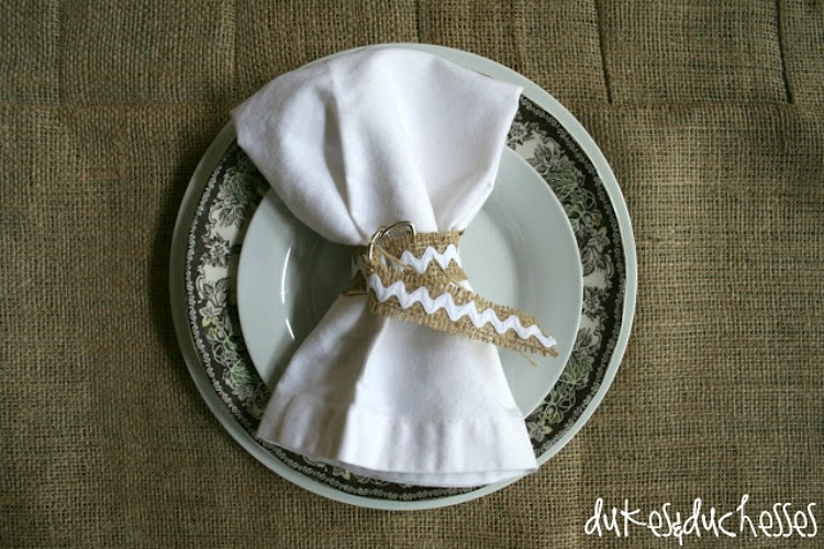 burlap themed place setting with burlap tablecloth
