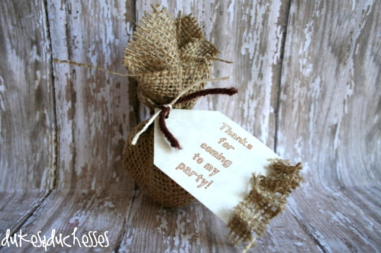 easy burlap party favor for teens
