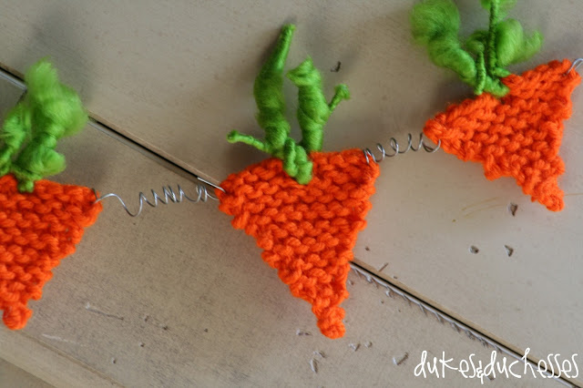 knit carrot garland