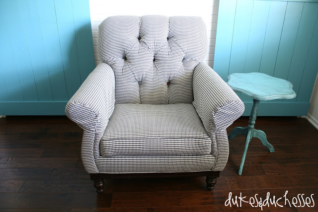 upholstered houndstooth chair