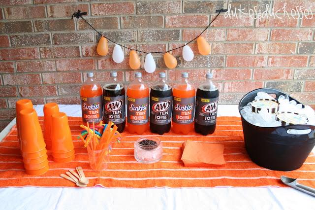 a backyard ice cream social #IceCreamFloat