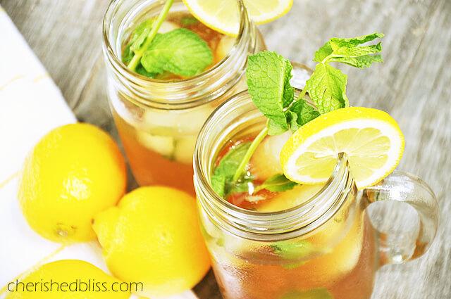 Ice Tea Jar Iced Tea {with Lemon Ice