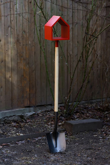 10 Ways To Repurpose Old Garden Tools Dukes And Duchesses