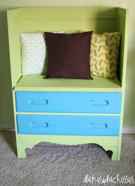 how to turn a dresser into a reading bench