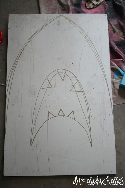 how to make a shark party backdrop and photo prop