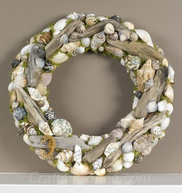 shell crafts :: driftwood and shell wreath