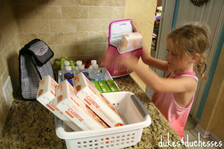 lunch box packing station