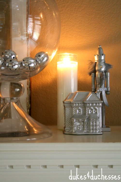 Silver Mantel with candlelight | #silverandgold #christmas #christmasdecor