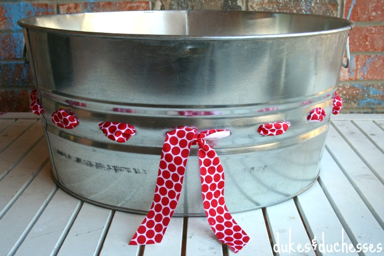 drink bucket embellished with ribbon