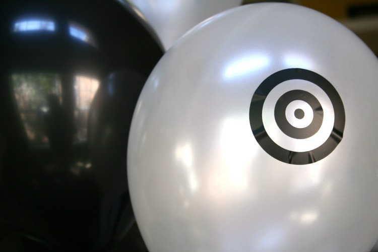 balloons with vinyl target