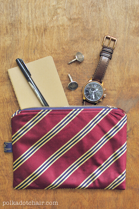 necktie pouch