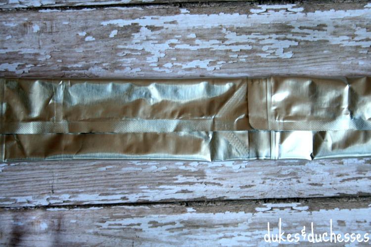 straps of beach bag