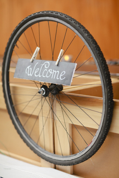bicycle wheel welcome