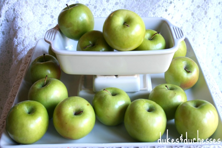 apples for grocery store centerpiece