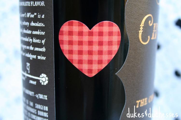 mod podge glitter wine bottle