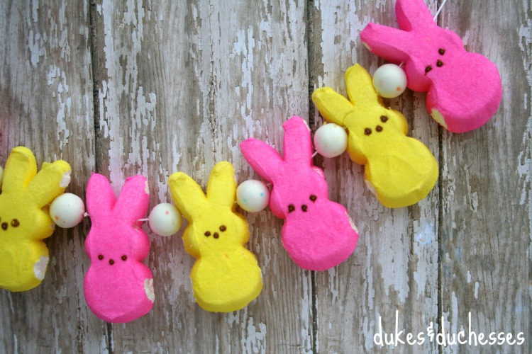 easter garland made with peeps