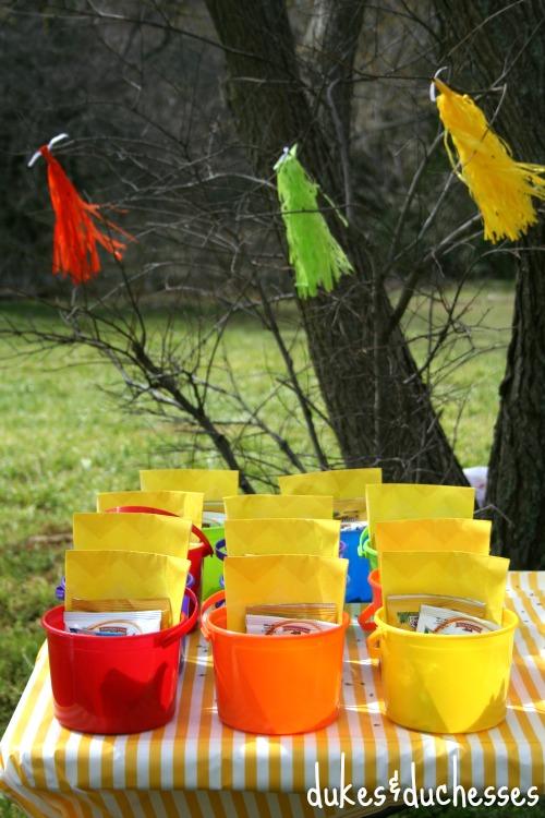 individual snack buckets