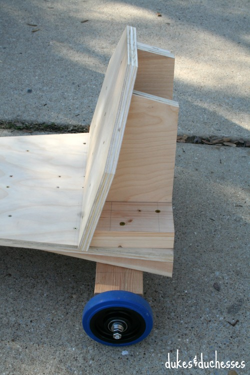 side view of seat on go kart
