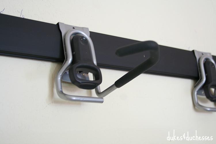 hooks for rubbermaid fasttrack