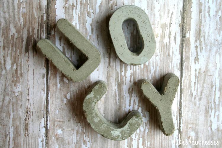 small DIY concrete letters