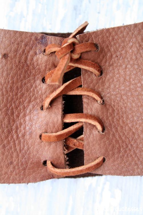 laced coffee cuff
