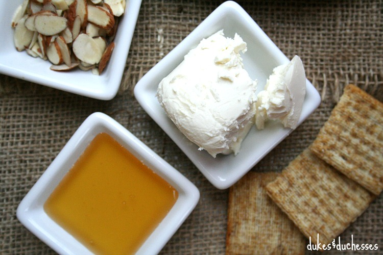 savory honey almond triscuits ingredients