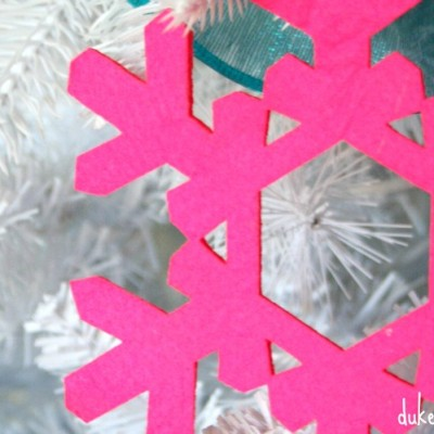 A Colorful Christmas Tree {12 Bloggers of Christmas with Balsam Hill}