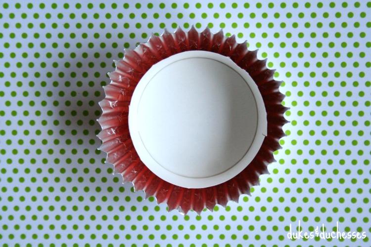 cupcake wrapper ornament topper