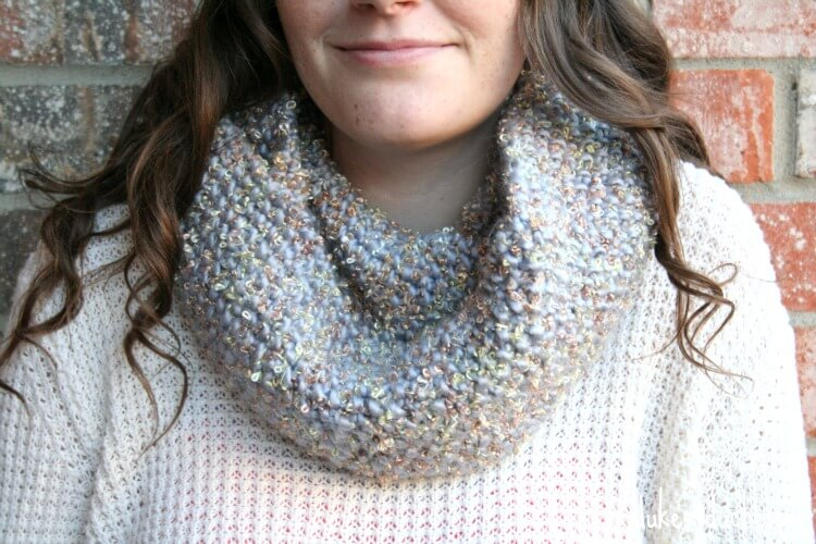 knit infinity scarf with seed stitch