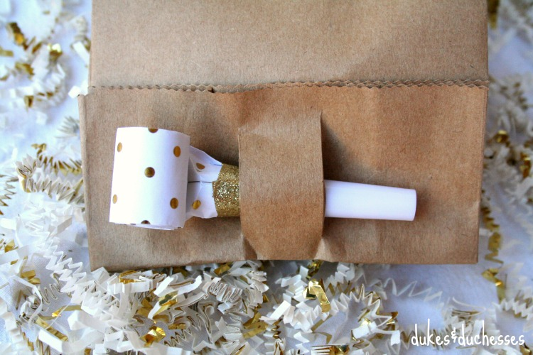 party blower closure for new year's eve party favors