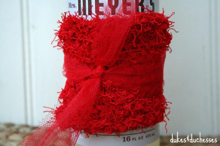 knit yarn scrubbie on dish soap