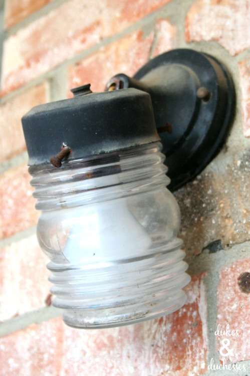 Replacing Outside Wall Lights : How to Install an Outdoor Light Fixture - Dukes and Duchesses