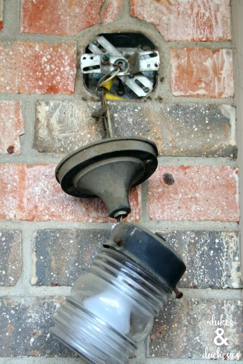 removing the outdoor light