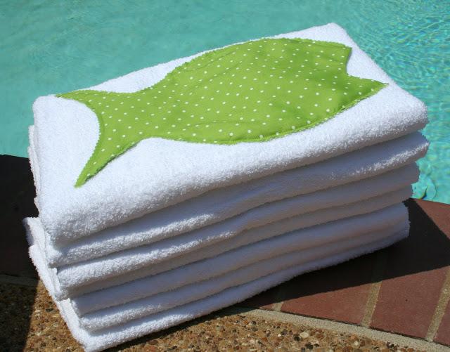 towel party favors