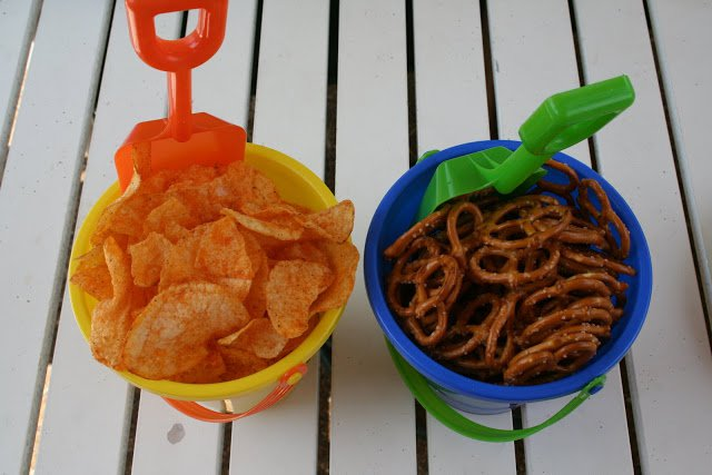 beach buckets as snack containers
