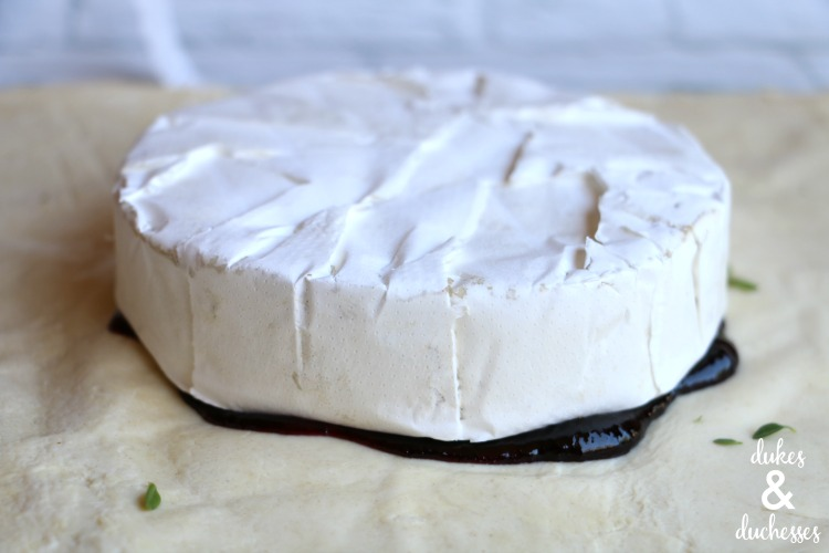 blueberry thyme baked brie recipe