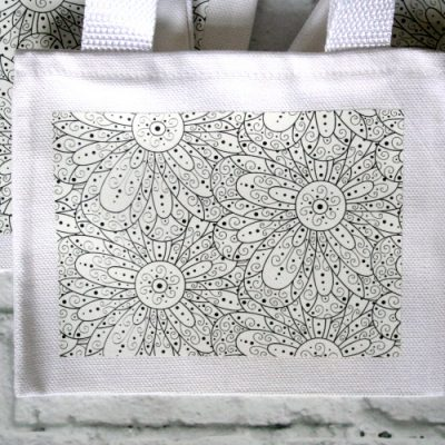 Color-Your-Own Tote Bags