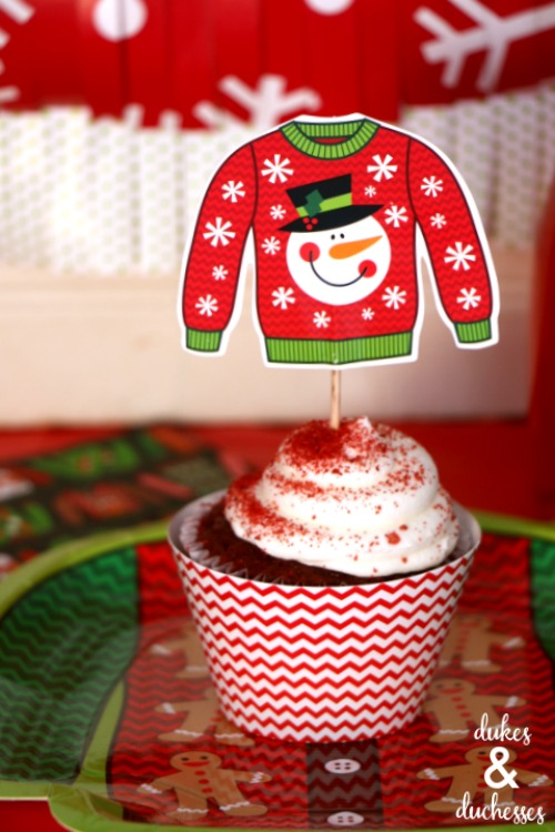 ugly sweater plates and napkins
