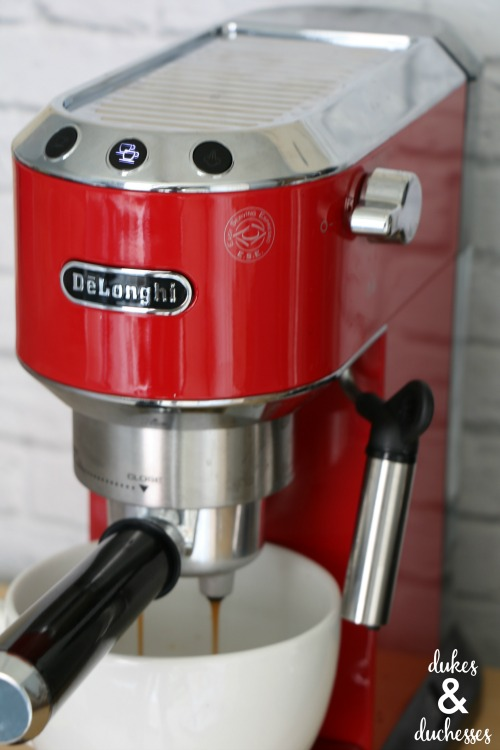 brewing espresso in home espresso machine