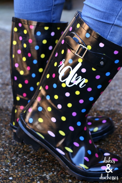 DIY monogrammed rubber boots