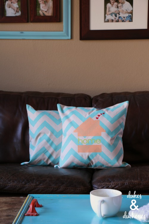 No Sew Appliqued Pillow Made With The Cricut Explore Air 2