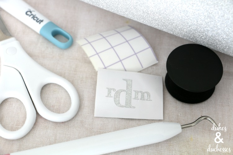 vinyl monogram for popsocket