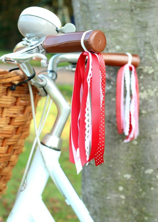 red ribbon bicycle streamers