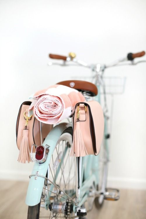 DIY pannier bags for a bike
