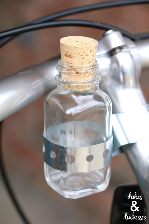 DIY bicycle vase
