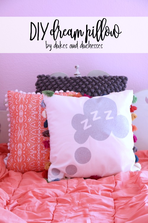 DIY glitter dream pillow